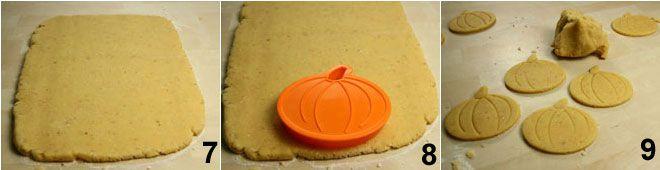 Biscotti glassati a forma di zucca