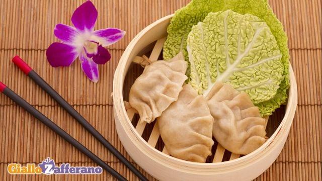 Ricetta ravioli cinesi al vapore le ricette di - Cucina a vapore ricette ...