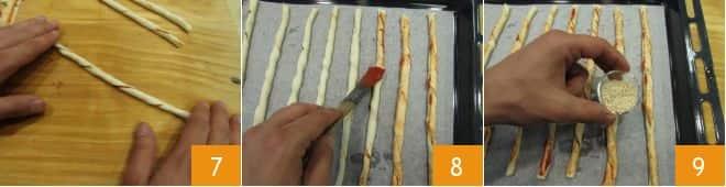 Grissini veloci di sfoglia al pomodoro