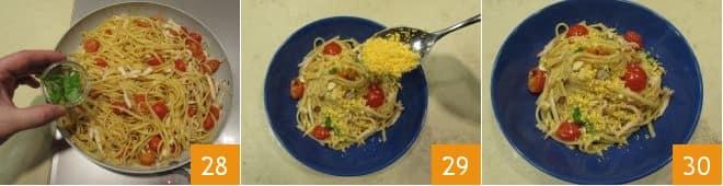 Pasta con calamari e tuorlo sodo