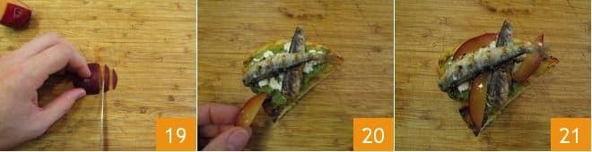 Bruschette al pesto di erbe e sardine grigliate