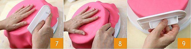 Come ricoprire una torta con pasta di zucchero