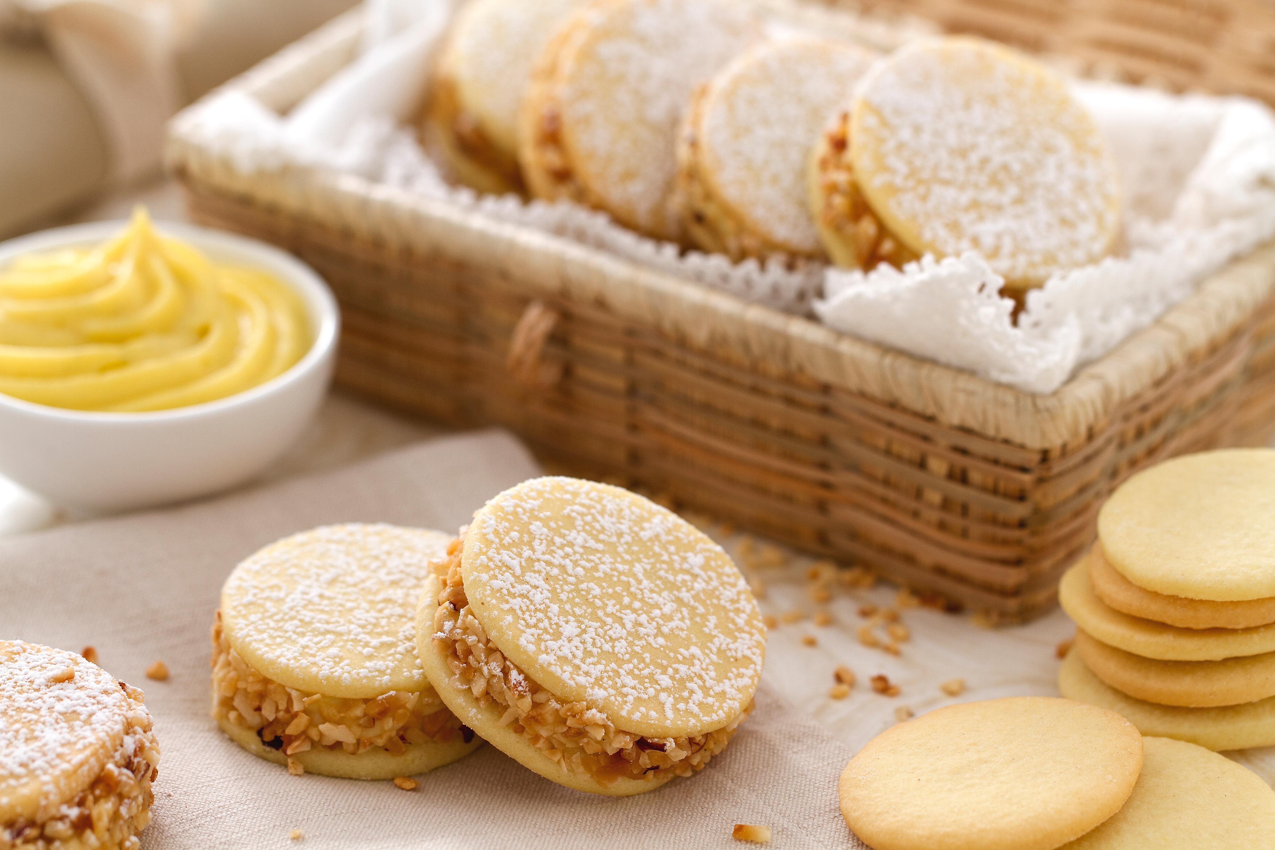 Buffet Di Dolci Mignon : Ricetta pasticcini mignon la ricetta di giallozafferano