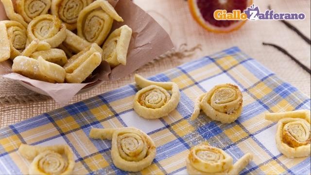 Ricetta tagliatelle dolci di carnevale le ricette di for Ricette dolci di carnevale