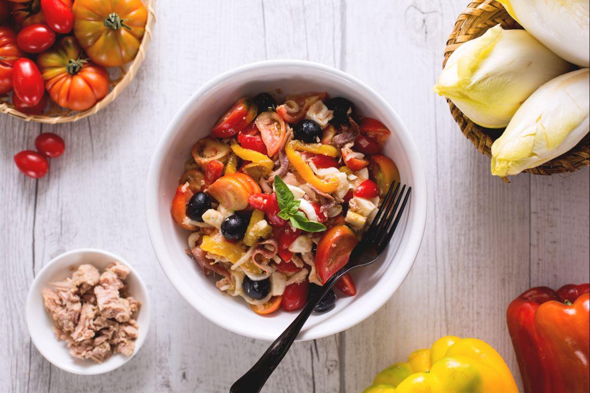 Insalate estive le ricette di giallozafferano for Insalate ricette